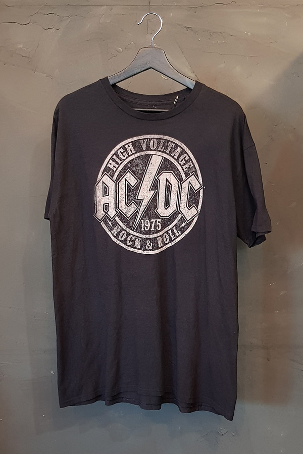 ACDC (XL)