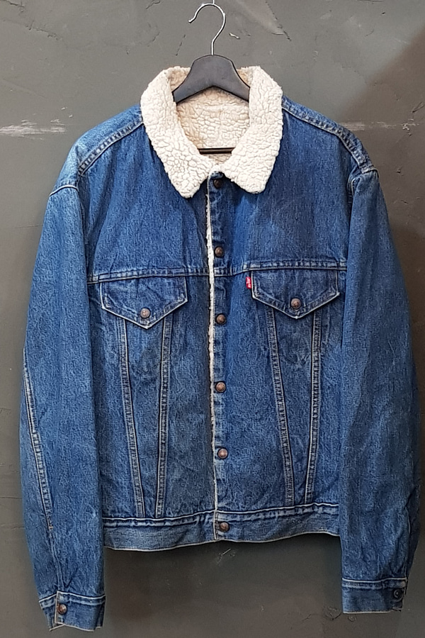 70's-80's Levi's - Sherpa Lined (XL)