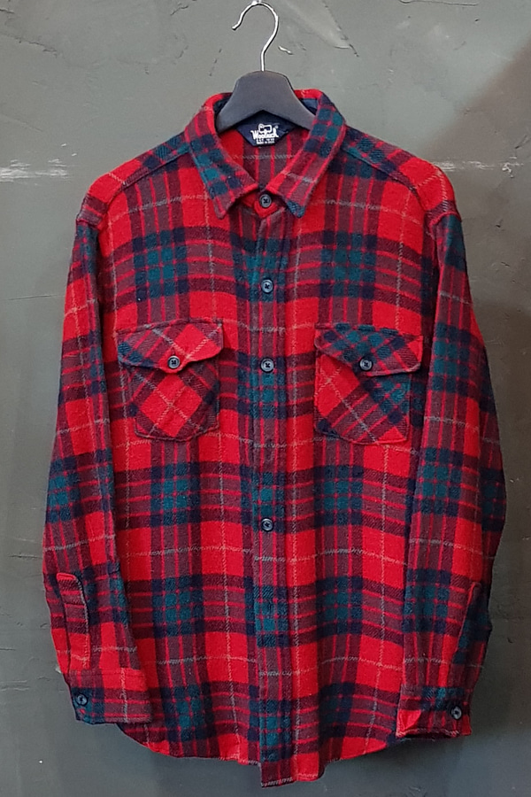 70's Woolrich - Wool - Made in U.S.A. (M-L)